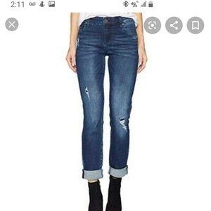 Kut from the Kloth Catherine Boyfriend jeans!